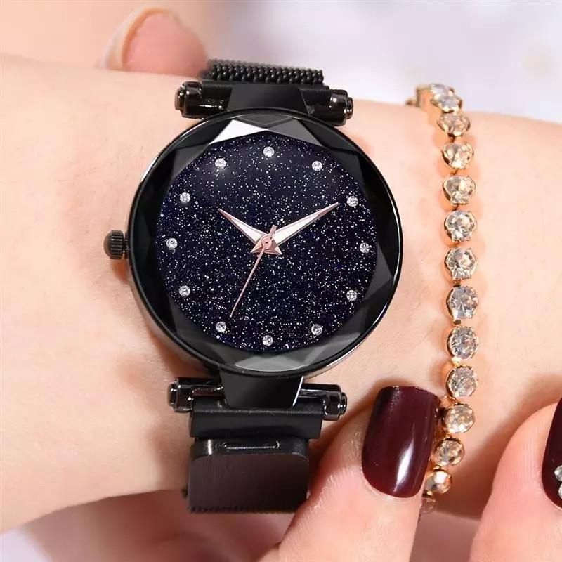 Часы – стильный и современный аксессуар