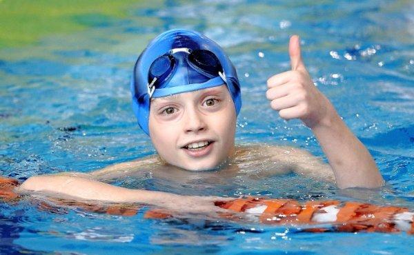 Неоценимая польза плавания для детей